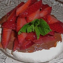 Meringues with Chocolate Mascarpone and Strawberries Recipe