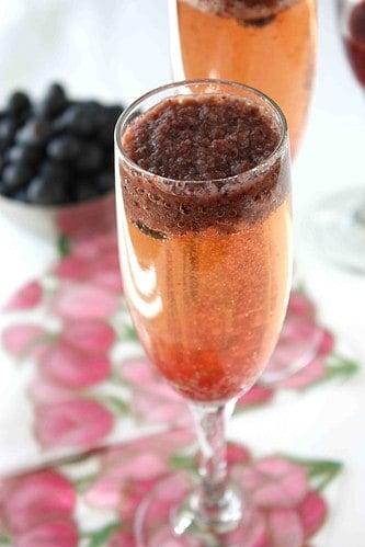 Blueberry Bellini Cocktail Recipe