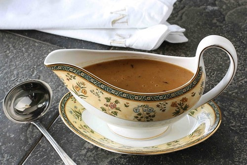 How to Make Turkey Gravy: Recipe & Trouble Shooting #Thanksgiving