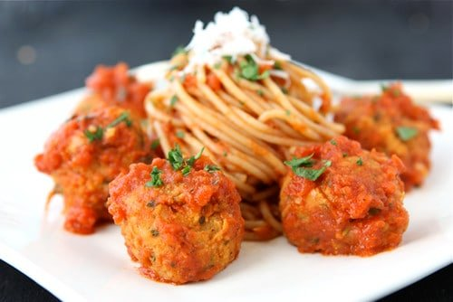 """Cannellini Bean Vegetarian """"Meatballs"""" with Tomato Sauce Recipe...259 calories and 7 Weight Watchers SmartPoints #vegetarian #recipe #cleaneating"""