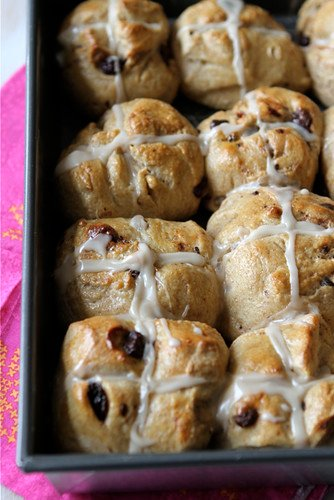 Hot-Cross-Buns-Recipe-with-Dark-Chocolate-&-Dried-Cherries-Cookin-Canuck