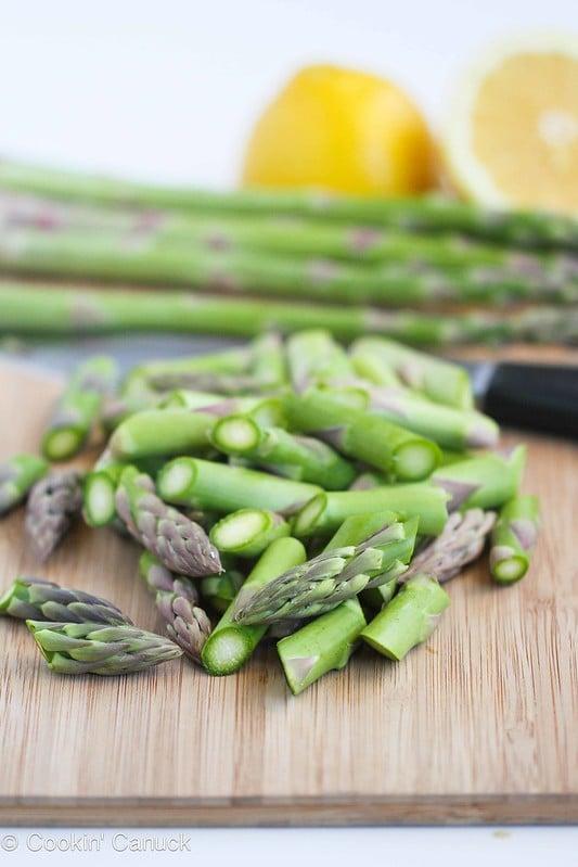 Asparagus Hummus Recipe for Healthy Snacking #recipe #vegan #vegetarian