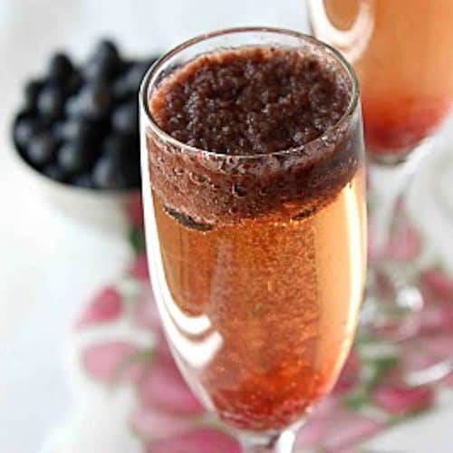 Blueberry Bellini Cocktail Recipe