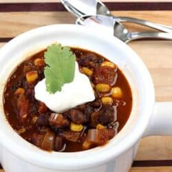 Smoky Black Bean & Corn Vegetarian Chili Recipe | cookincanuck.com