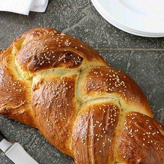 Challah Bread (Braided Egg Bread) Recipe for Hanukkah