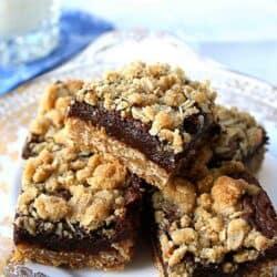 Oatmeal Chocolate Fudge Layer Bars Recipe | cookincanuck.com