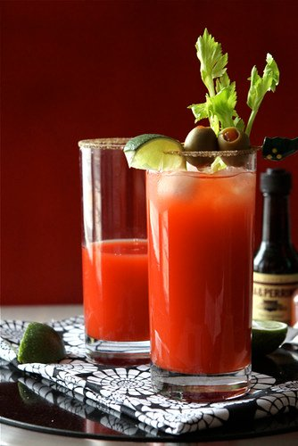 The-Caesar-Cocktail-aka-the-Canadian-Bloody-Mary-Recipe-Cookin-Canuck
