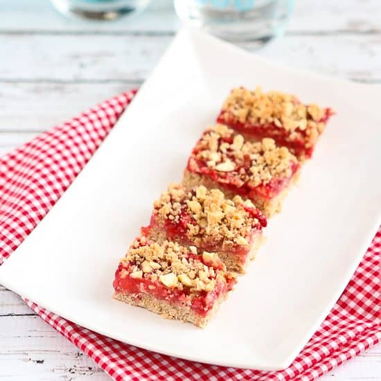 Whole Wheat Strawberry Oat Bars Recipe