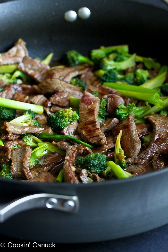 Chinese Beef and Broccoli Stir-Fry...A quick and healthy dinner from the Skinnytaste Cookbook!...256 calories and 7 Weight Watchers SmartPoints