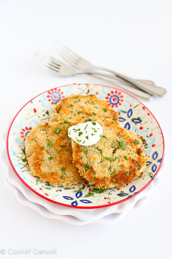 Leftover mashed potato pancakes are dressed up with some green chiles and cheesy goodness. Perfect for using up the mashed potatoes. 135 calories and 4 Weight Watchers Freestyle SP #potato #sidedish #healthy #myfitnesspal