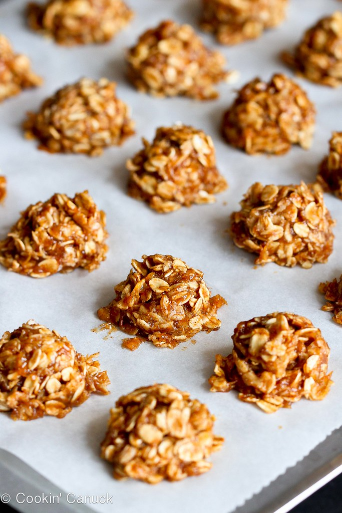 Healthy No-Bake Maple Cookies Recipe {Vegan} | cookincanuck.com #vegan #cookies #nobakecookie