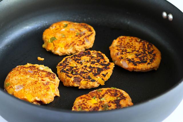 Baked Sweet Potato Tuna Patties...Not your mother's tuna patties! | cookincanuck.com #recipe #healthy