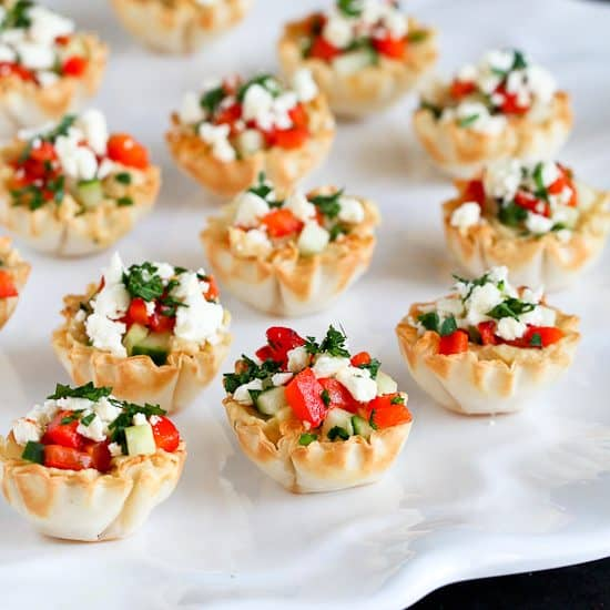 Mini hummus roasted pepper phyllo bites recipe cookin for Canape shells