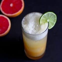 Pink Grapefruit, Pineapple & Ginger Sparkler {Hydration Challenge}