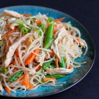 Rice Noodles with Chicken, Asparagus & Soy Ginger Sauce Recipe