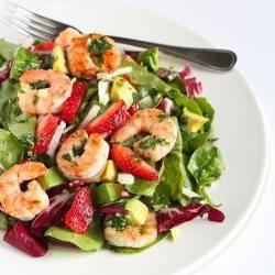 Seared Shrimp Salad with Jicama, Strawberries & Avocado | cookincanuck.com