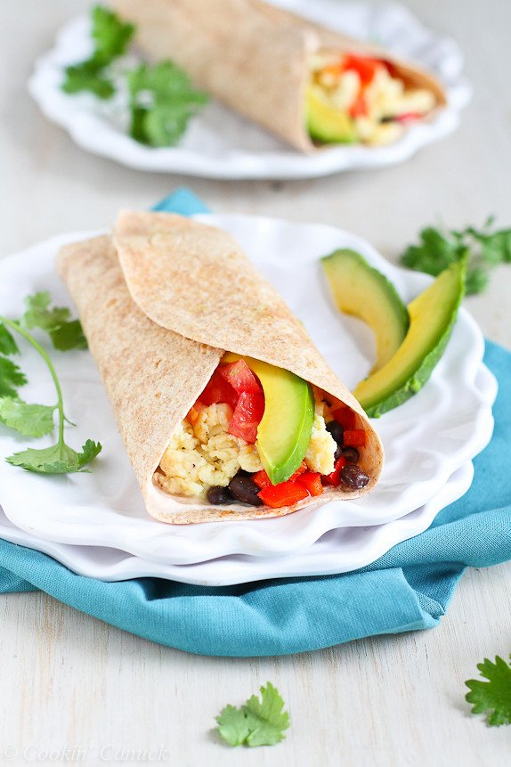Healthy Breakfast Burrito with Avocado & Chipotle Yogurt...285 calories and 8 Weight Watchers PP | cookincanuck.com #vegetarian