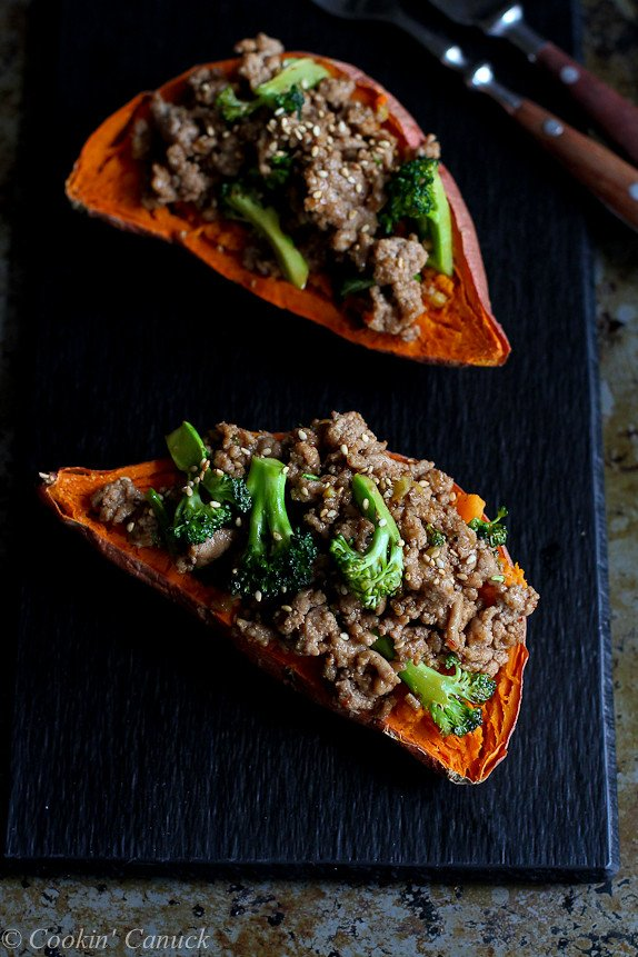 Hoisin Turkey and Broccoli Stuffed Sweet Potatoes...Beyond delicious! 305 calories and 8 Weight Watchers PP | cookincanuck.com #recipe #healthy