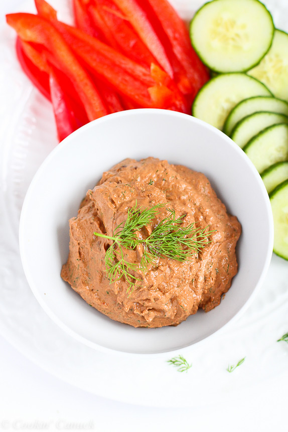 Sun-Dried Tomato and Dill Yogurt Dip…Only 5 minutes to make! 31 calories and 1 Weight Watchers PP | cookincanuck.com #recipe #appetizer