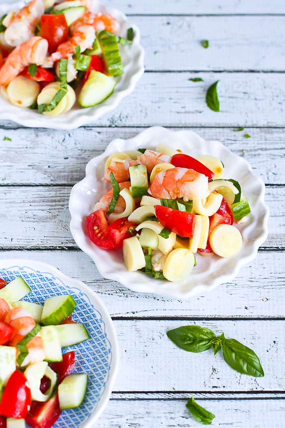 Shrimp, Hearts of Palm, Cucumber and Tomato Salad…Light & easy! 152 calories and 4 Weight Watchers PP | cookincanuck.com  #recipe