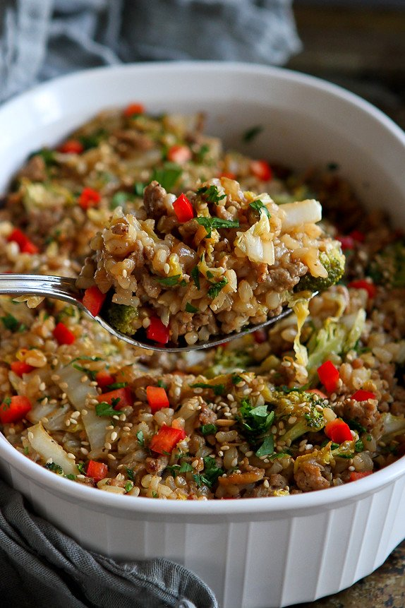 Teriyaki Turkey, Rice and Vegetable Casserole...A healthy dinner that the whole family will love! 256 calories and 7 Weight Watchers PP | cookincanuck.com #recipe