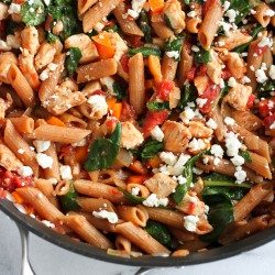 One-Pot Whole Wheat Pasta with Chicken & Spinach
