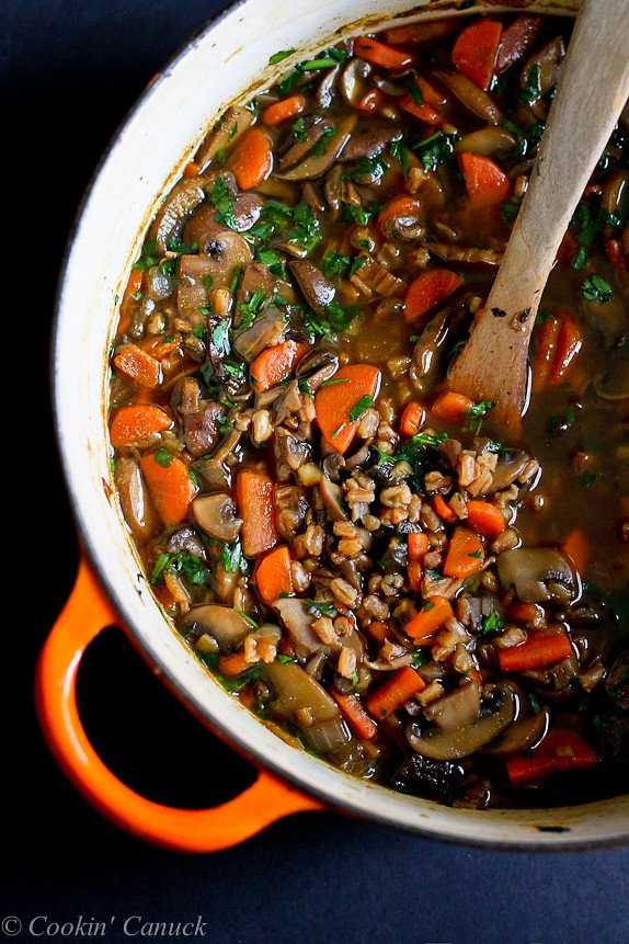 Hearty Mushroom, Farro and Ginger Soup...This is a must-make recipes! 167 calories and 4 Weight Watchers PP | cookincanuck.com #vegan #vegetarian