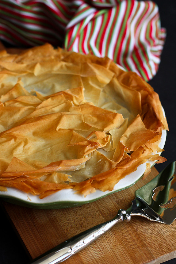 Spiced Meat Phyllo Pie – A light version of the traditional tourtière from Quebec.…310 calories and 9 Weight Watchers Freestyle SP #recipe