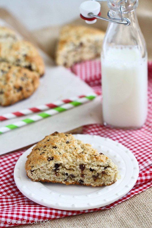 Healthy(er) Scones Recipe with Chocolate and Crystallized Ginger #recipe #baking
