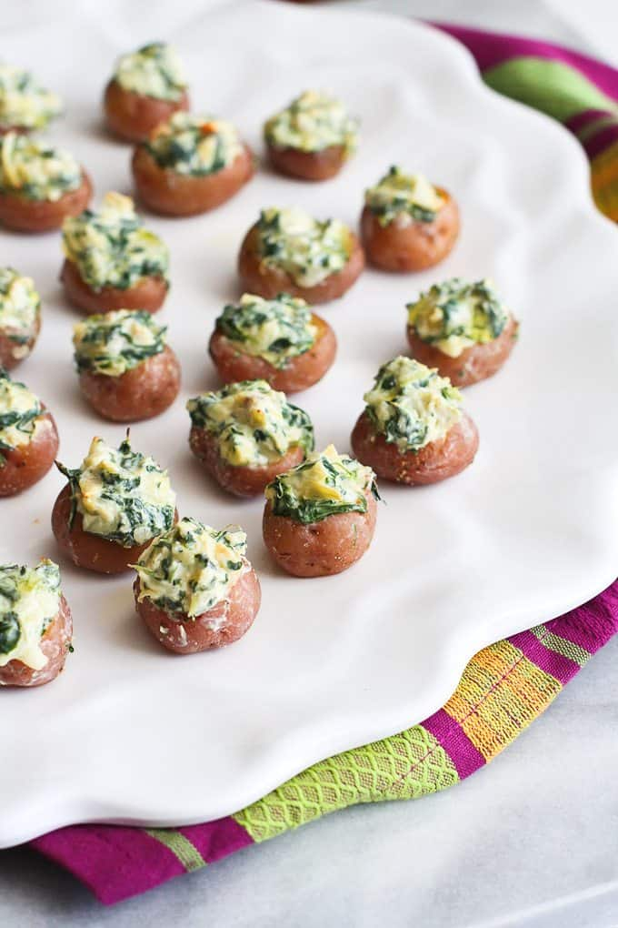 Mini Spinach and Artichoke Stuffed Potatoes…Fun and light appetizers for any time of the year! 39 calories and 1 Weight Watchers Smart Points | cookincanuck.com #recipe