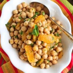 Citrus & Chickpea Salad Recipe with Lemon Herb Dressing {Healthy New Year Challenge – Week 4}