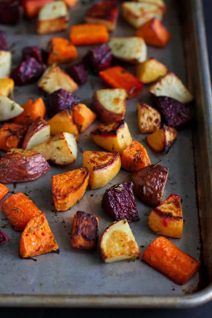 This roasted root vegetables recipe would be a hit at any meal. The vegetables are full of nutrients and as crave-worthy as candy! 205 calories and 4 Weight Watchers Freestyle SP