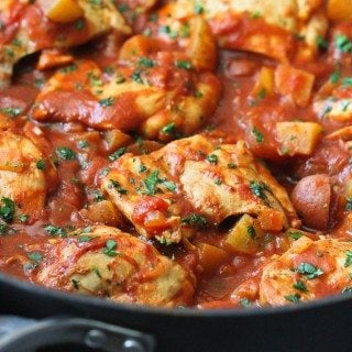 One-Pot Curry Tomato Chicken and Potatoes…Healthy, easy and the perfect recipe for a weeknight dinner recipe! 269 calories and 8 Weight Watchers Freestyle SP