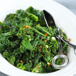 Spicy Sauteed Kale + 5 Other Healthy Kale Recipes…This is the kind of side dish that will steal the show! 112 calories and 2 Weight Watcher Freestyle SP