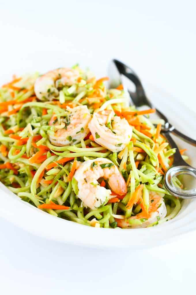 Lemon Rosemary Shrimp & Broccoli Slaw…This is so good that you won't be able to stop eating it! And it only takes 15 minutes to make. 264 calories and 7 Weight Watchers SmartPoints