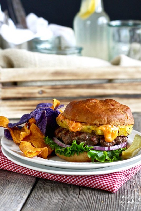 15 Healthy Burger Recipes, Meat and Meatless.  Everything from beef and turkey to salmon and black.  There's something for everyone! Bison Burger with Grilled Pineapple & Sriracha Aioli