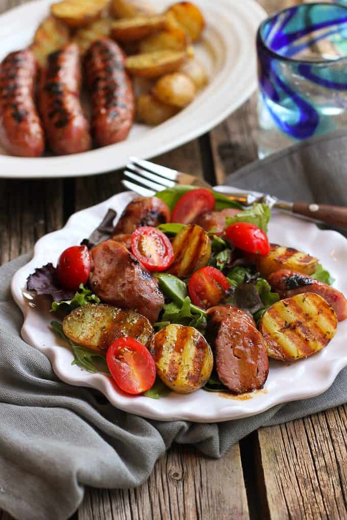 Grilled Sausage and Potato Green Salad…This healthy recipe has all the flavors of a summertime barbecue! 292 calories and 8 Weight Watchers Freestyle SP
