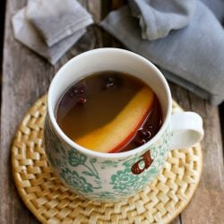 Slow Cooker Chai Apple Cider…Put a little spin on apple cider with the flavors of chai tea.  Your house will smell amazing!  110 calories and 7 Weight Watchers SmartPoints