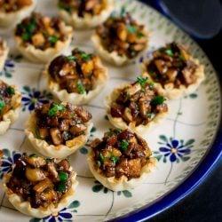 Hoisin Mushroom Phyllo Cups Recipe