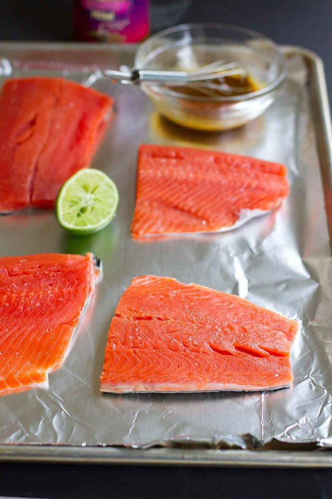 Only 6 Ingredients Needed For This Delicious, Healthy Curry Salmon That Can  Be Made In