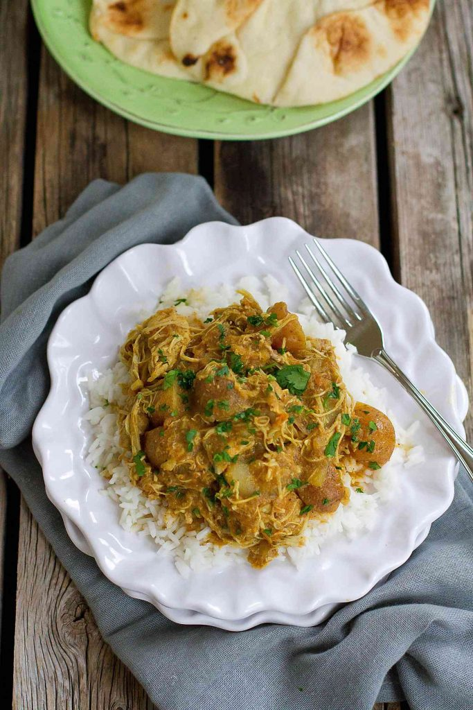 Stovetop or pressure cooker recipe: This flavorful Instant Pot Chicken Curry with Potatoes makes for a fantastic, healthy dinner option. 350 calories and 9 Weight Watchers SmartPoints