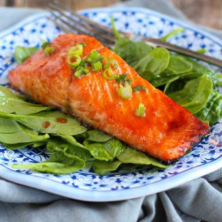 Soy-Honey Glazed Salmon…Ready in 10 minutes or less, this delicious salmon is perfect for a weekday meal! 240 calories and 1 Weight Watchers Freestyle SP