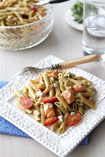 Whole Wheat Pasta Salad Recipe with Salmon, Tomatoes and Herb Dressing