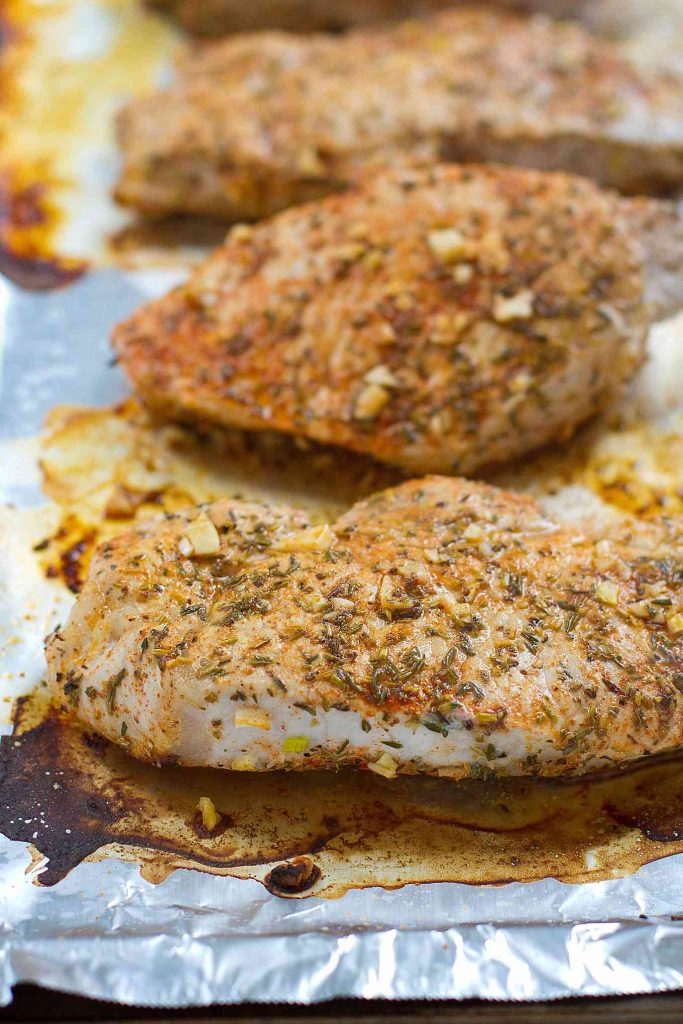 These Easy Herb Lemon Pork Chops will become a regular on your family's menu. Tender and absolutely delicious! 271 calories and 7 Weight Watchers Freestyle SP