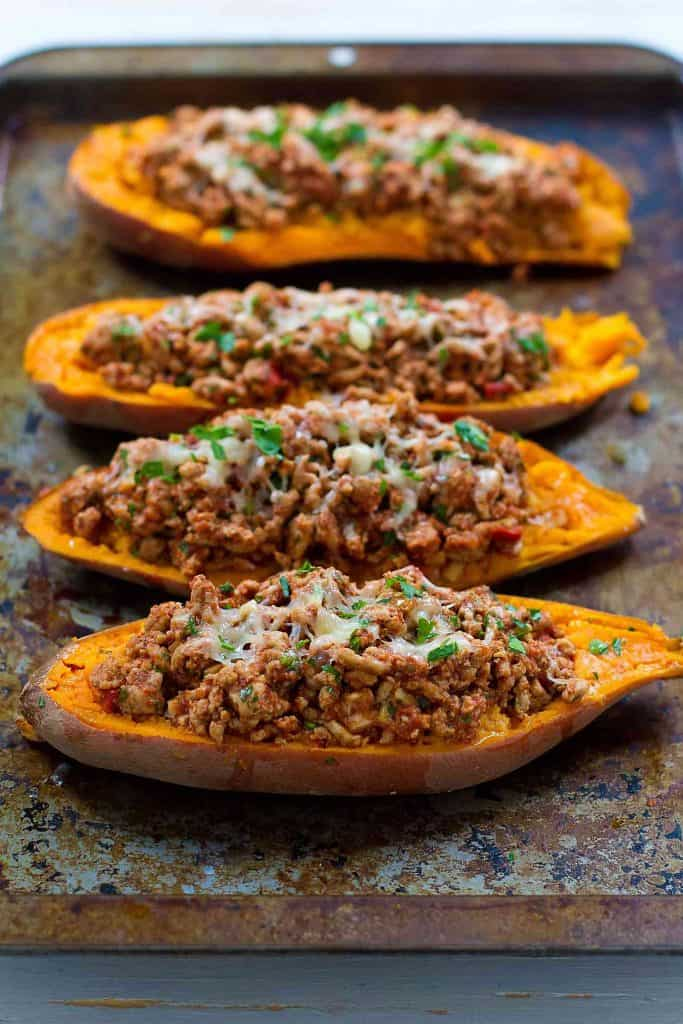 20 minute meal! These Turkey Taco Stuffed Sweet Potatoes are a fantastic option when you need a quick dinner recipe. 226 calories and 3 Weight Watchers Freestyle SP