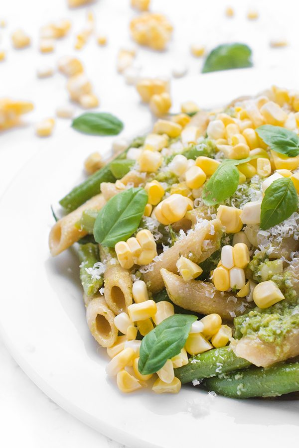 15 Healthy Summer Corn Recipes - Pesto Pasta Salad with Green Beans and Corn