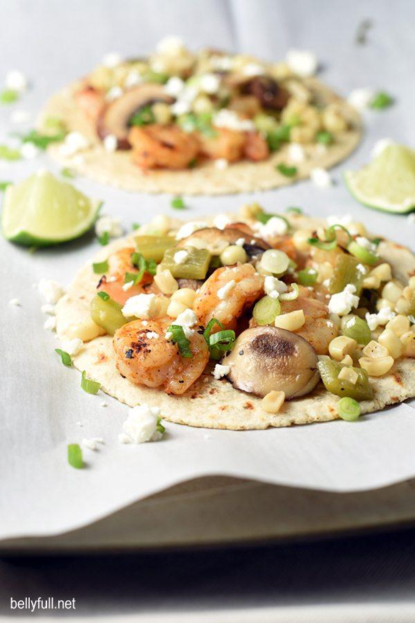 15 Healthy Summer Corn Recipes - Shrimp Fajitas with Corn, Mushrooms and Feta