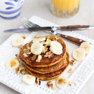 Sunday brunch or a holiday breakfast, these Whole Wheat Oat Gingerbread Pancakes are perfectly spiced and positively addictive! 136 calories and 4 Weight Watchers Freestyle SP