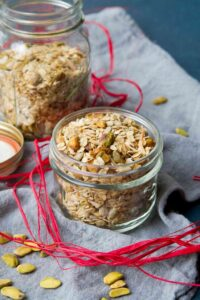 Whip up a batch of this healthy Maple Pistachio Granola in about 30 minutes. Fantastic for snacking or as gifts. 143 calories and 5 Weight Watchers Freestyle SmartPoints