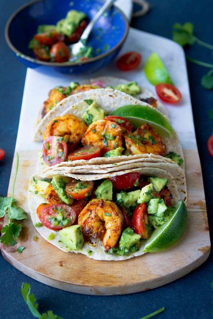 This easy shrimp taco recipe will be an instant favorite, with Indian spices and a fresh avocado salsa. 254 calories and 6 Weight Watchers Freestyle SP